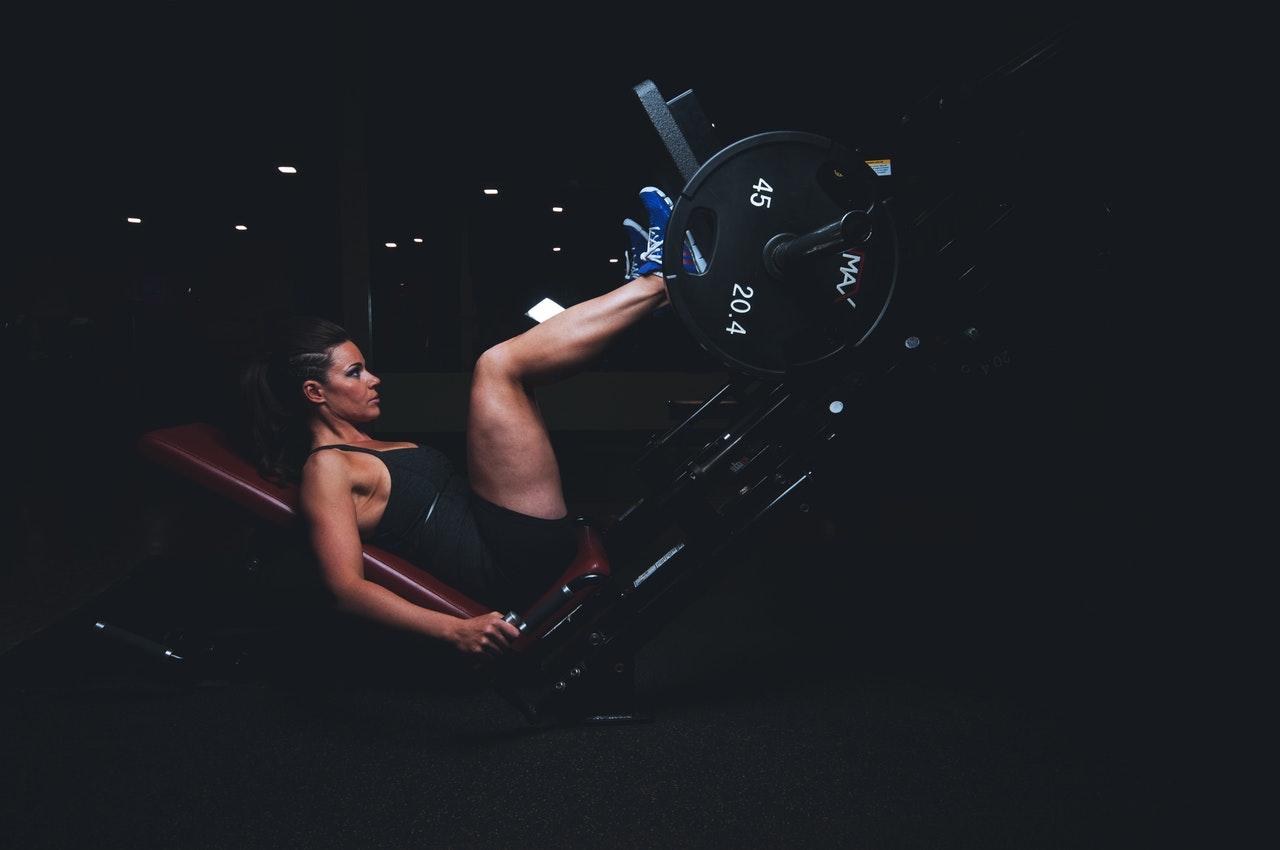 healthy-woman-legs-dark